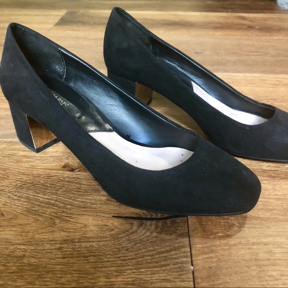 424b7fa1f5 Zara Shoes | Black Suede Low Block Heel Pumps | Poshmark